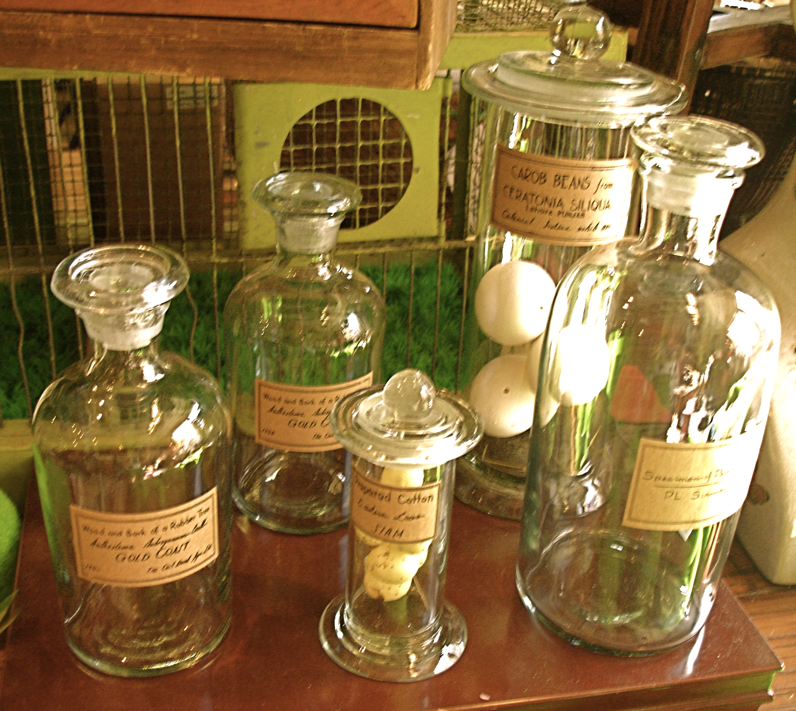 Apothecary jars spied in Portland