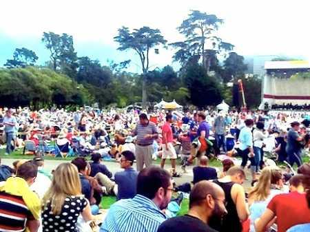opera scene picnic