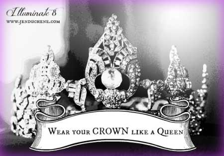 11-24-98-1 -- CROWN #3 -- TIM BERGER -- ROSE The 1940-1953 Rose Queen crown.